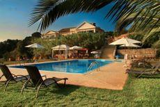 Vassaliki house and pool