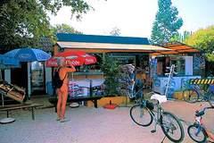 mini market at Solaris