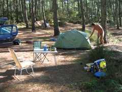 Arna putting up tent