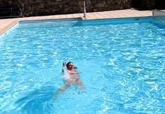 Jan swimming at Creuse Nature