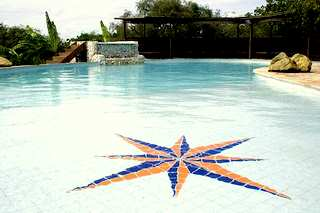 Chacara Colinas swimming pool