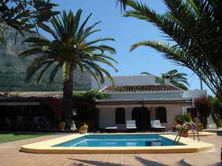Villa in Spain pool