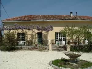 Le Rigallaud courtyard