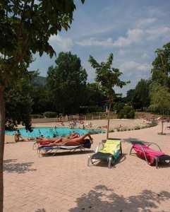 Les Lauzons pool