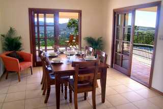 Summit Rainforest Retreat dining room